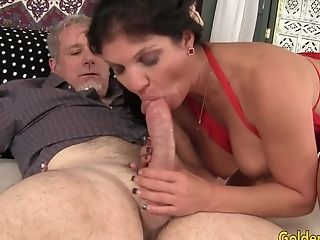 Lengthy Haired Matures Whore Carolyn Jewel Takes A Thick Pecker In Mouth And Cooch