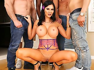 Jasmine's Interracial Double Penetration/dap Gang-fuck!