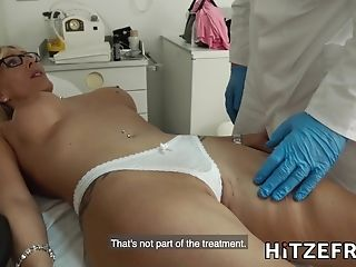 Hitzefrei Chesty Blonde German Mummy Fucked By Her Doc