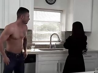 Vina Sky And Tyler Steel Determined To Stay Home And Fuck All Day Lengthy, Until They Spunk