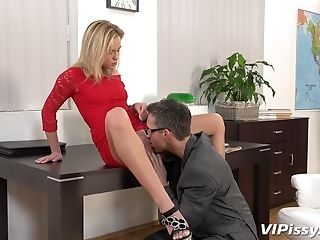 His Lengthy Woo Was More Than Enough To Please Pervy Vinna Reed