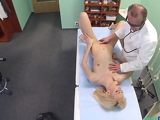 Medic Determines That He Needs To Examine His Blonde Patient With His Dick