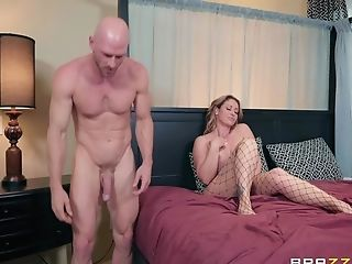 Matures Bitch In Fishnets Eva Notty Rails A Big Hard Dick On The Sofa