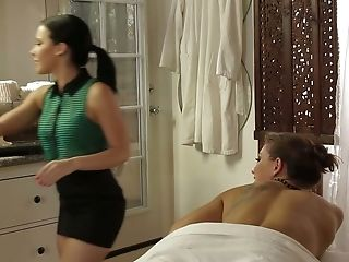 Supah Hot Therapist Got Fucked In Her Humid And Taut Beaver